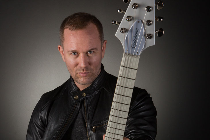 Epiphone Ltd. Ed. Brendon Small Snow Falcon Outfit
